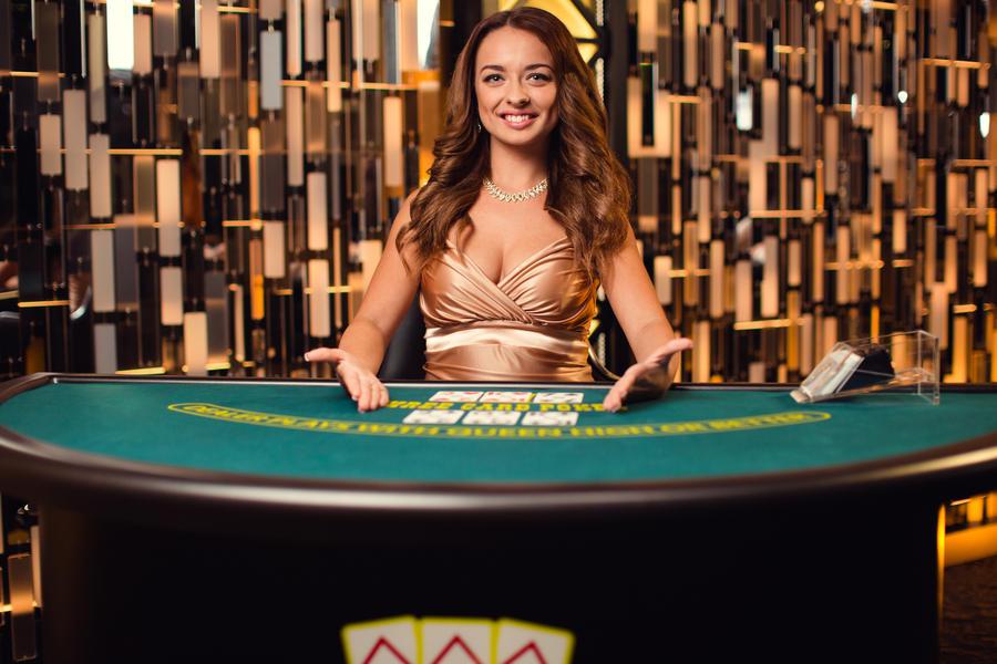 Покер у казино